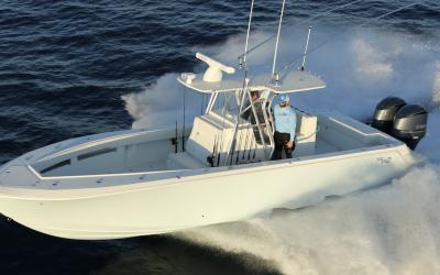 Best Waxes and Sealants for Fiberglass Boats